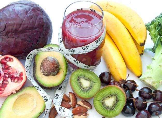 Zamiast głodówki lepiej wybrać kilkudniową dietę warzywną /123RF/PICSEL