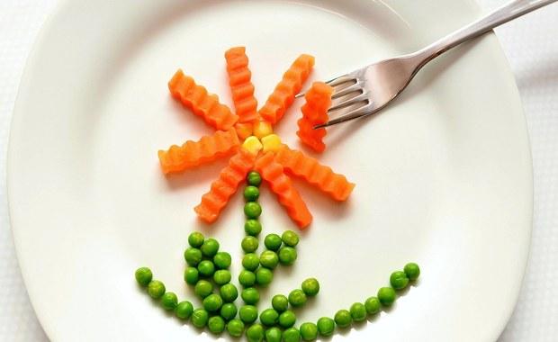 """""""Zamiast makaronu - mrożone warzywa"""". Co jeść w czasie epidemii?"""
