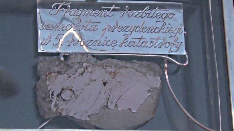 Zamieszanie wokół fragmentu tupolewa /TVN24/x-news