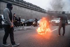 Zamieszki koło lotniska Orly
