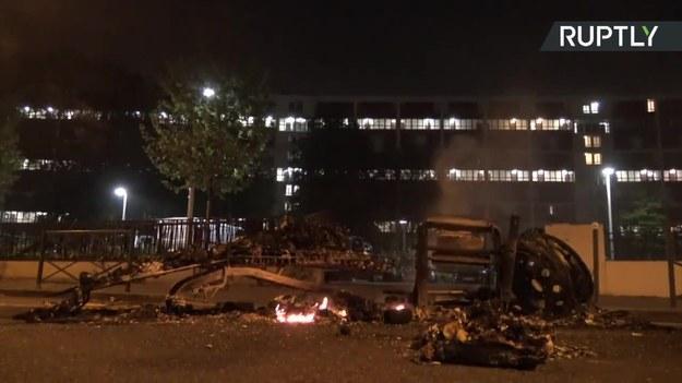 Zamieszki na przedmieściach Paryża /RUPTLY/x-news