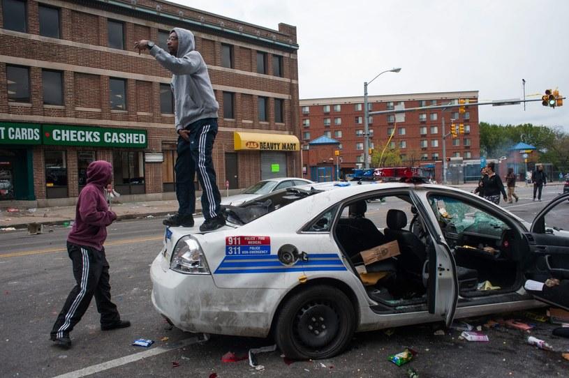 Zamieszki na ulicach Baltimore /PAP/EPA
