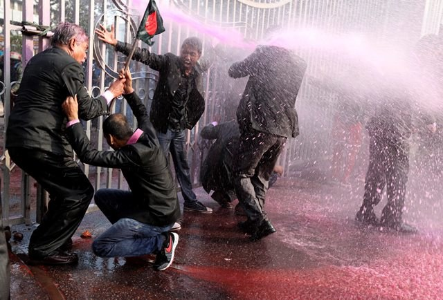 Zamieszki na ulicach Bangladeszu /ABIR ABDULLAH  /PAP/EPA