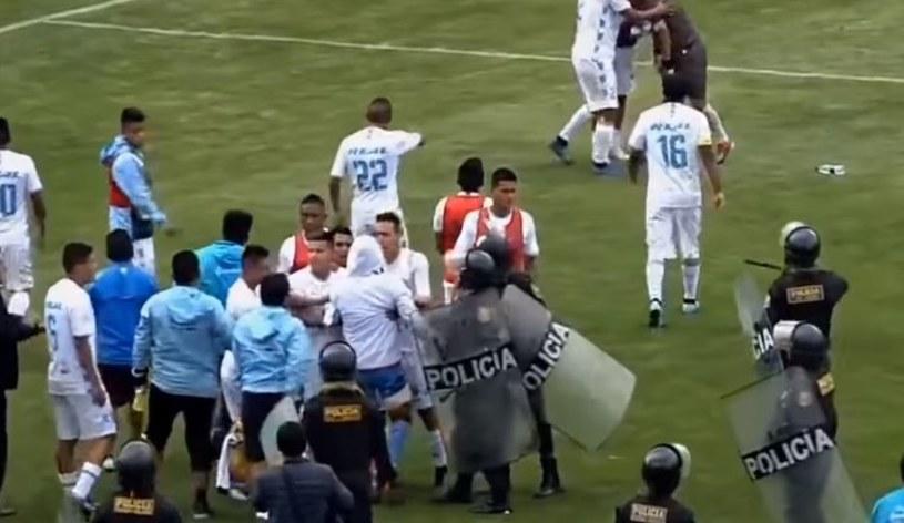 Zamieszki podczas meczu Deportivo Garcilaso - Deportivo Llacuabamba /Youtube/@ERLYV /