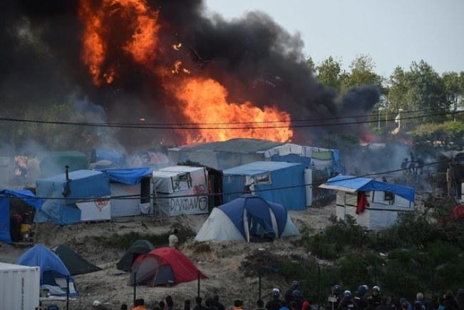 Zamieszki w Calais /Marc Demeure / La Voix du Nord  /Agencja FORUM