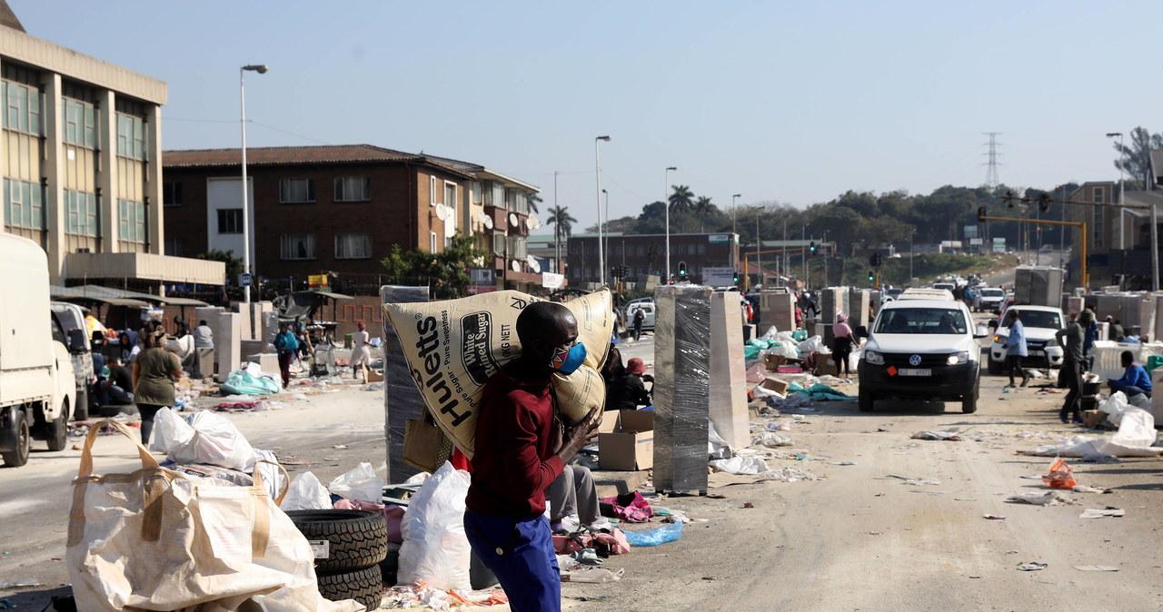 Zamieszki w RPA. Zginęło już 337 osób