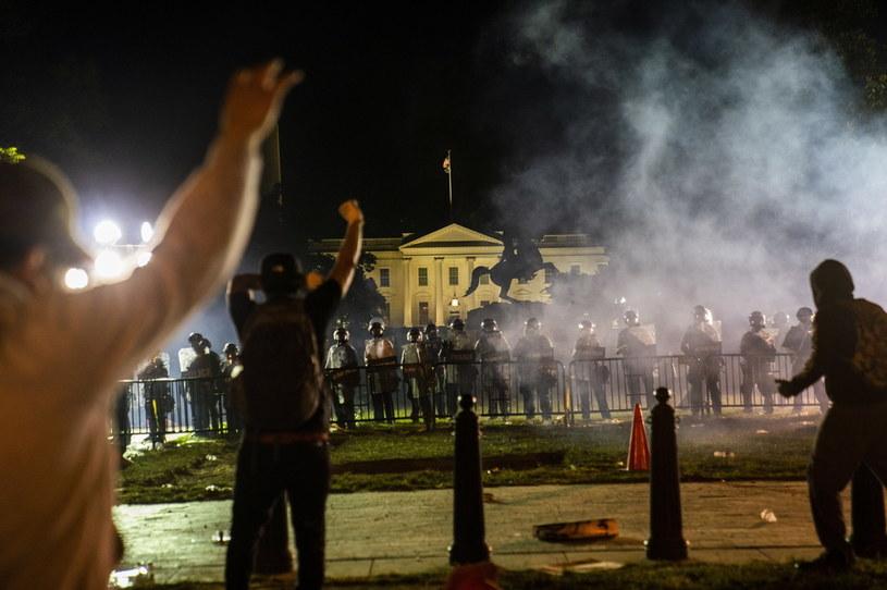Zamieszki w Waszyngtonie po śmierci George'a Floyda /JIM LO SCALZO /PAP/EPA