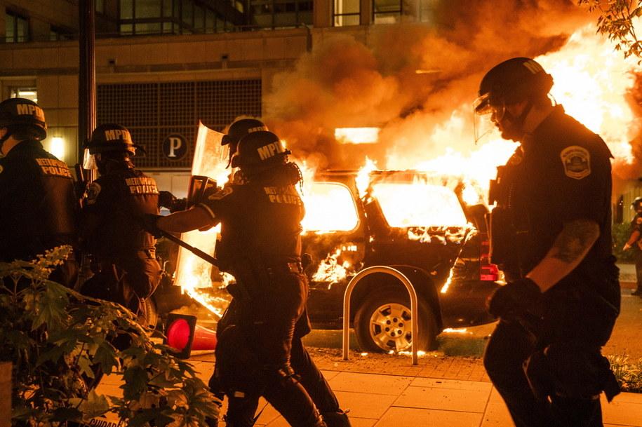 Zamieszki w Waszyngtonie /JIM LO SCALZO /PAP/EPA