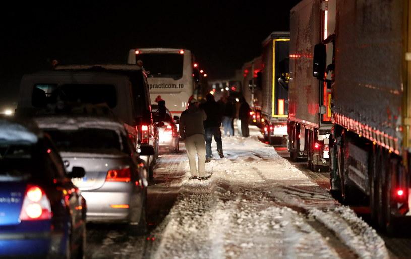 Zamknięta autostrada A1, na odcinku Linz-St Poelten w kierunku Wiednia /Grzegorz Momot /PAP