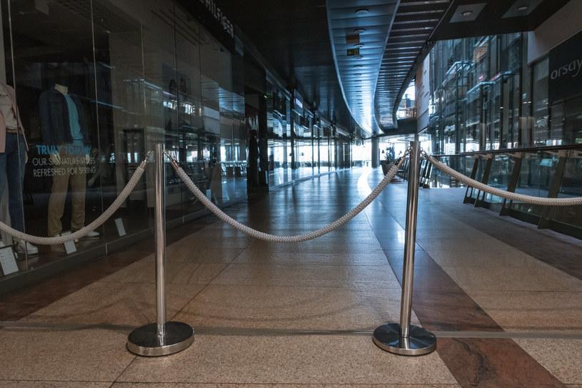 Zamknięta galeria handlowa w Lubinie /Piotr Dziurman /Reporter