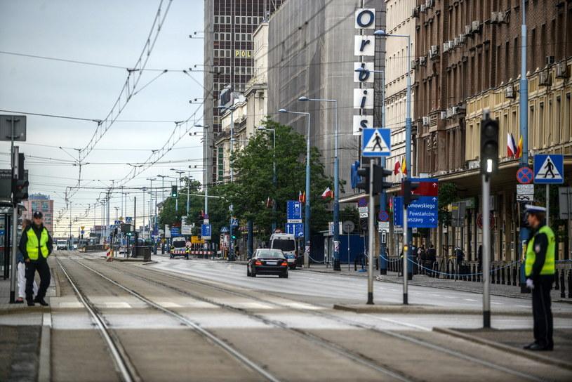 Zamknięte dla ruchu Aleje Jerozolimskie w Warszawie /Jakub Kamiński   /PAP
