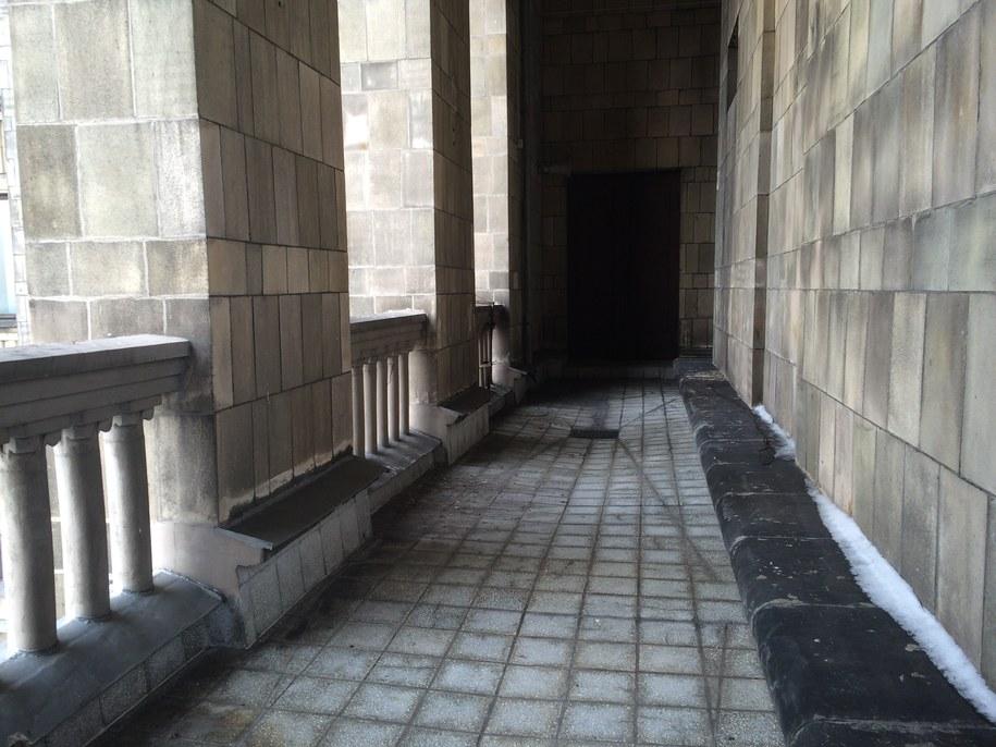 Zamknięte na co dzień tarasy na baszcie na piętnastym piętrze Pałacu Kultury i Nauki w Warszawie /Michał Dobrołowicz /RMF FM