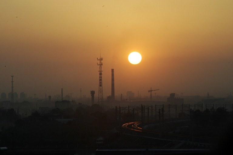 Zanieczyszczenie w Chinach /AFP