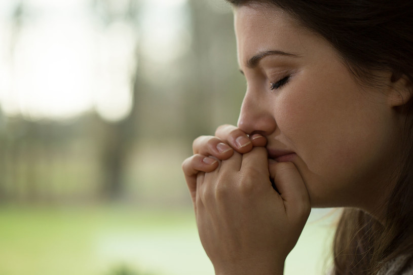 Zanim wpadniesz w depresję, po prostu poproś o pomoc... /123RF/PICSEL