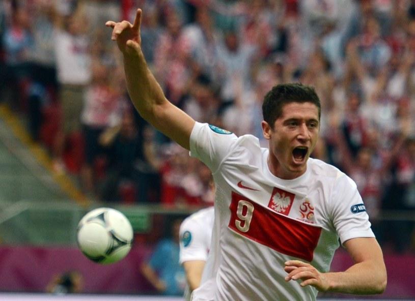 Zanim zaczną się spełniać piłkarskie marzenia, trzeba przez wiele lat ciężko pracować na sukces /AFP