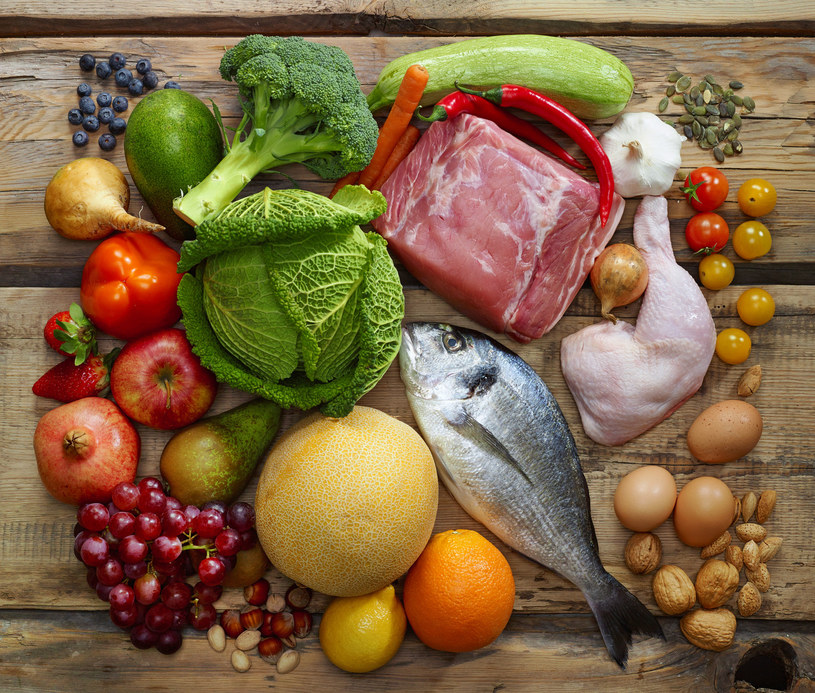 Zanim zaczniemy stosować diety, powinniśmy ustalić przyczynę otyłości /123RF/PICSEL