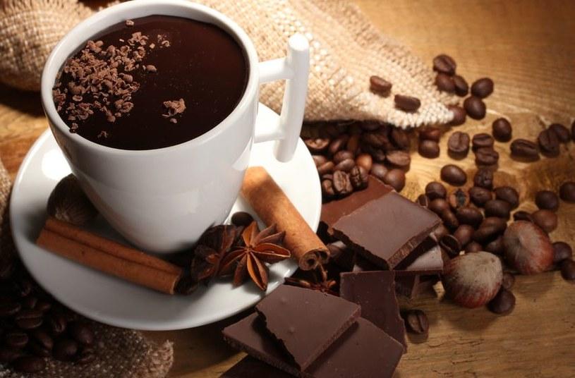 Zapach czekolady sprawia, że ludzie są głodni romansów /123RF/PICSEL