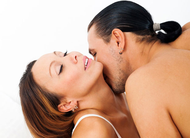 Zapach jest potężnym afrodyzjakiem /123RF/PICSEL