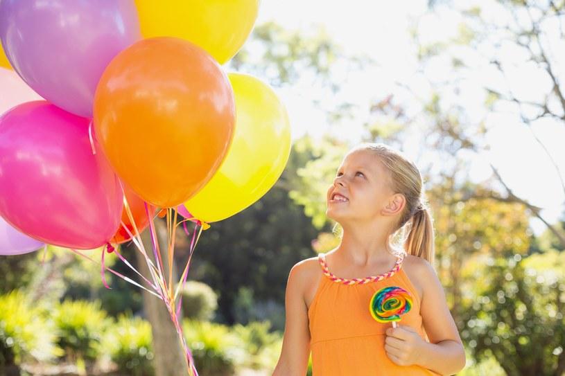 Zapewnij dzieciom mnóstwo atrakcji /123RF/PICSEL