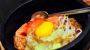 Zapiekane jajka z łososiem