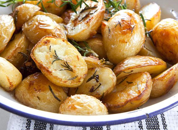 Zapiekane ziemniaki /123RF/PICSEL