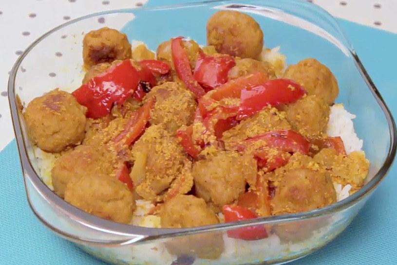 Zapiekanka z klopsikami curry /INTERIA.PL