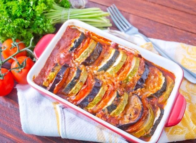 Zapiekanka z pomidorów i cukini /123RF/PICSEL