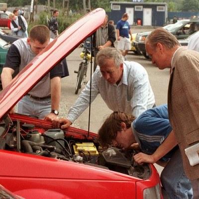 """Zapis w umowie """"kupujący zna i akceptuje stan techniczny pojazdu"""" eliminuje dochodzenie roszczeń /Agencja SE/East News"""