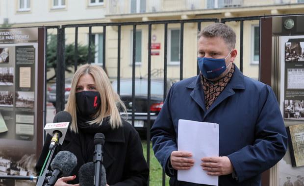 """""""Zapisał policjantów do PiS"""". KO chce odwołania Komendanta Stołecznego Policji"""