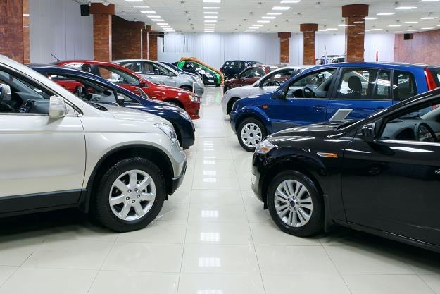 Zapłacimy więcej za nowe auta /©123RF/PICSEL