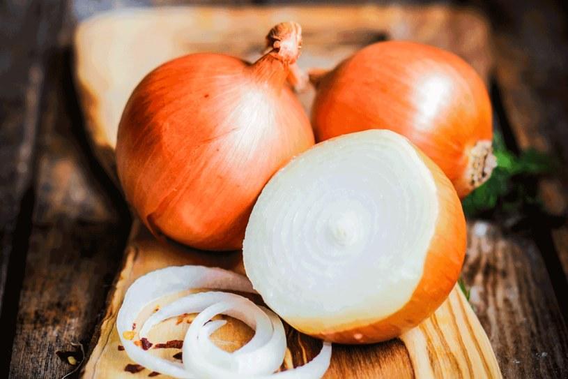 Zapobiega zakrzepom, nadciśnieniu i obniża poziom złego cholesterolu /123RF/PICSEL