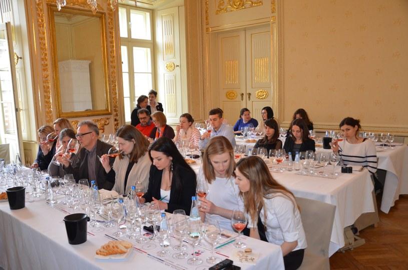"""Zapraszamy na konferencję """"Produkcja i spożycie wina i cydrów w Polsce – historia kulturowa i perspektywy rozwoju"""" /materiały prasowe"""