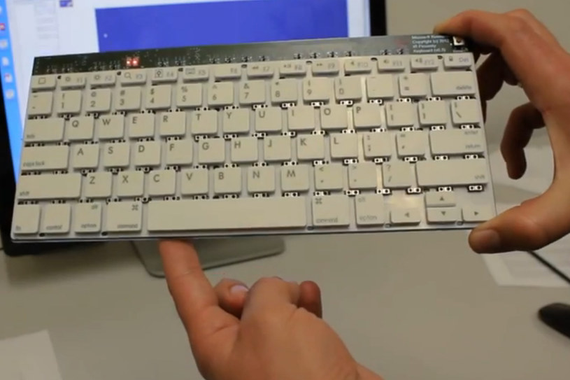 Zaprezentowana klawiatura posiada mikroczujniki pomiędzy poszczególnymi klawiszami. /materiały prasowe