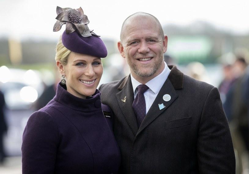 Zara Tindall i Mike Tindall podczas wyścigów konnych Cheltenham 2020 /Rex Features /East News