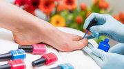 Zarażeni HIV i żółtaczką. Niesterylne gabinety kosmetyczne to plaga