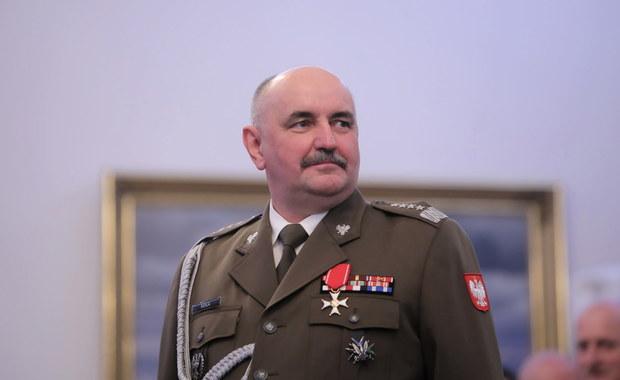 Zarażony koronawirusem gen. Jarosław Mika czuje się dobrze