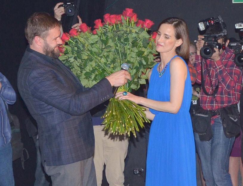 Zaręczyny w teatrze /East News
