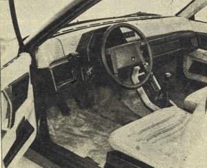 Zarówno zespół pedałów wykonanych z nylonu, jak też kierownica i wskaźniki, dają się przesuwać, siedzenia są nieruchome. /Volvo