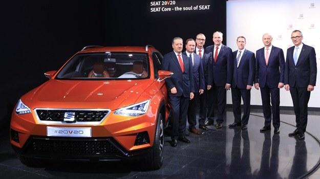 Zarząd Seata i koncepcyjny SUV 20V20 /Seat
