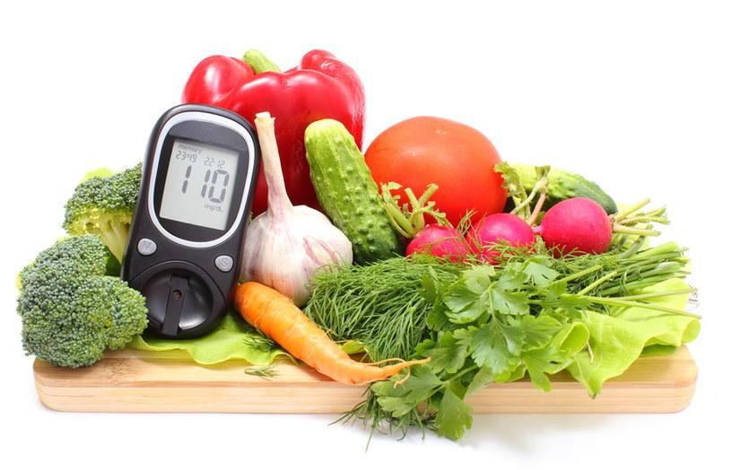 Zasady diety cukrzycowej /©123RF/PICSEL