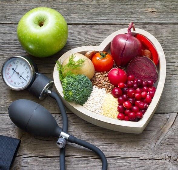 Zasady diety DASH /©123RF/PICSEL