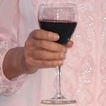 Zaskakujące statystyki: Francuzi piją coraz mniej wina