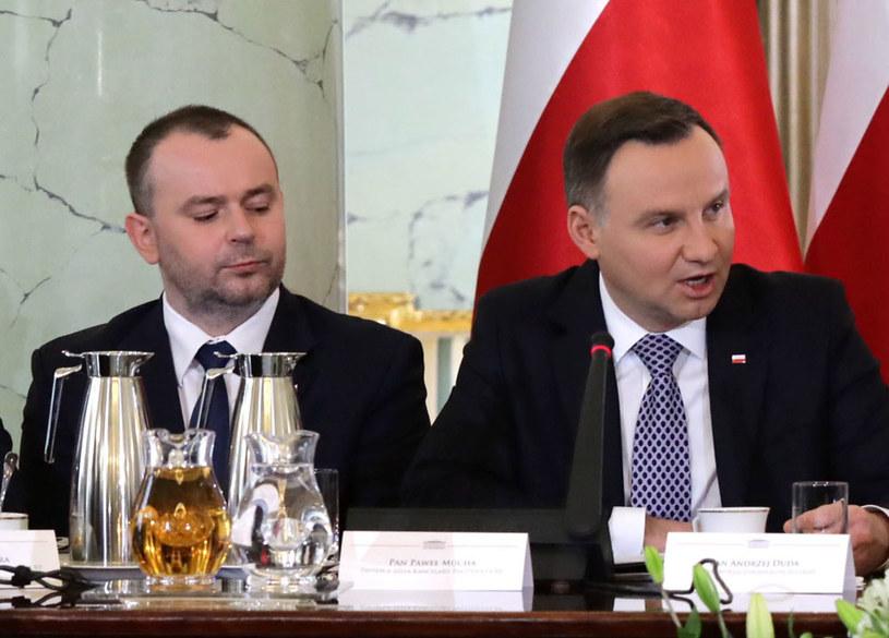 Zastępca szefa Kancelarii Prezydenta RP Paweł Mucha i prezydent Andrzej Duda /Tomasz Gzell /PAP