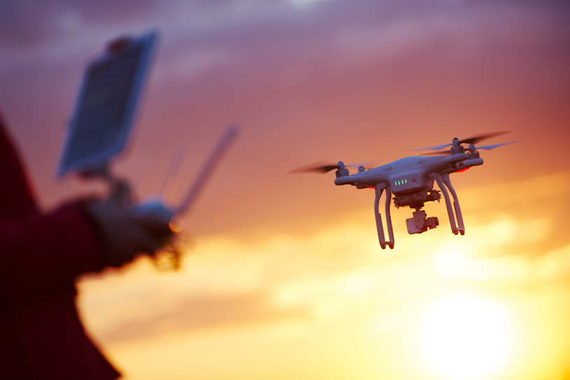 Zastępy dronów nad Polską? To możliwe /123RF/PICSEL