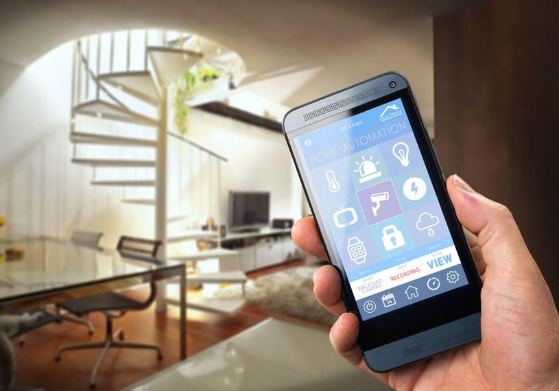 Zastosowanie modułów Wi-Fi nawet w drobnym AGD zwiększa ryzyko uzyskania dostępu do naszych sieci przez osoby niepożądane już nie za pomocą komputera, a przykładowo tostera czy ekspresu do kawy /123RF/PICSEL