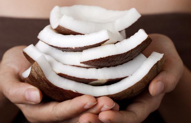 Zastosowanie oleju kokosowego /© Photogenica