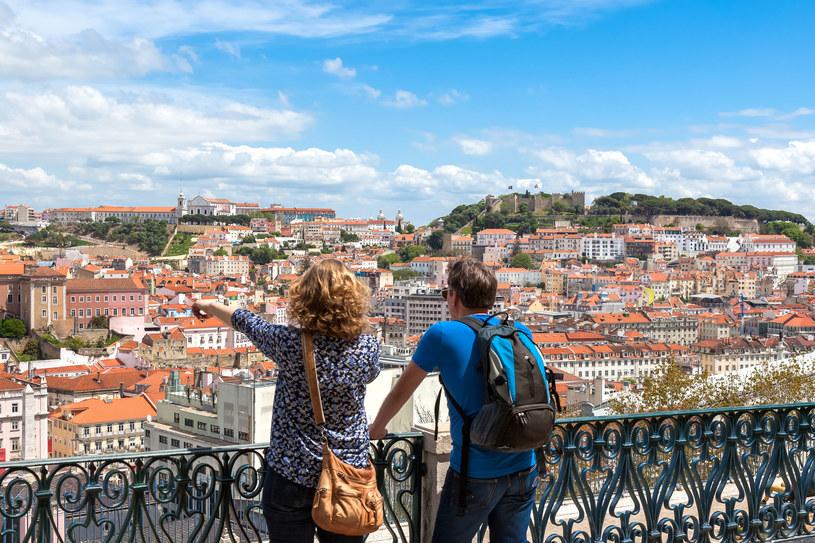Zaszczepieni w tym roku mają dużo więcej możliwości wyjazdu. Czeka na nich na przykład Portugalia /123RF/PICSEL