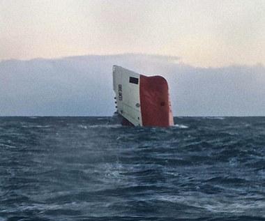 """Zatonął statek z polską załogą. """"Zagadkowa katastrofa"""""""
