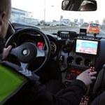Zatrzymali prawo jazdy kierowcy. A co z policjantem?