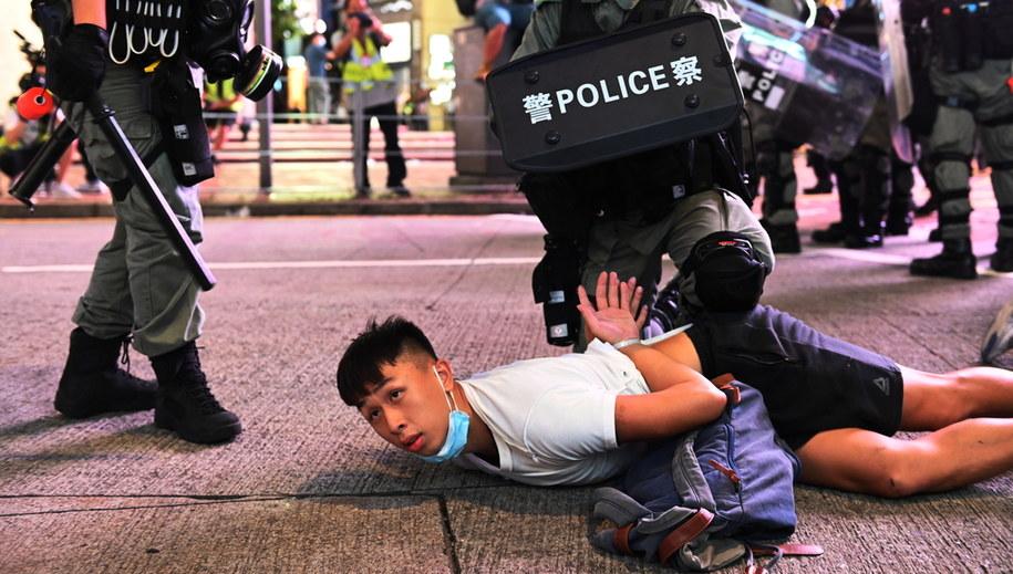 Zatrzymania podczas protestu w Hongkongu /MIGUEL CANDELA /PAP/EPA